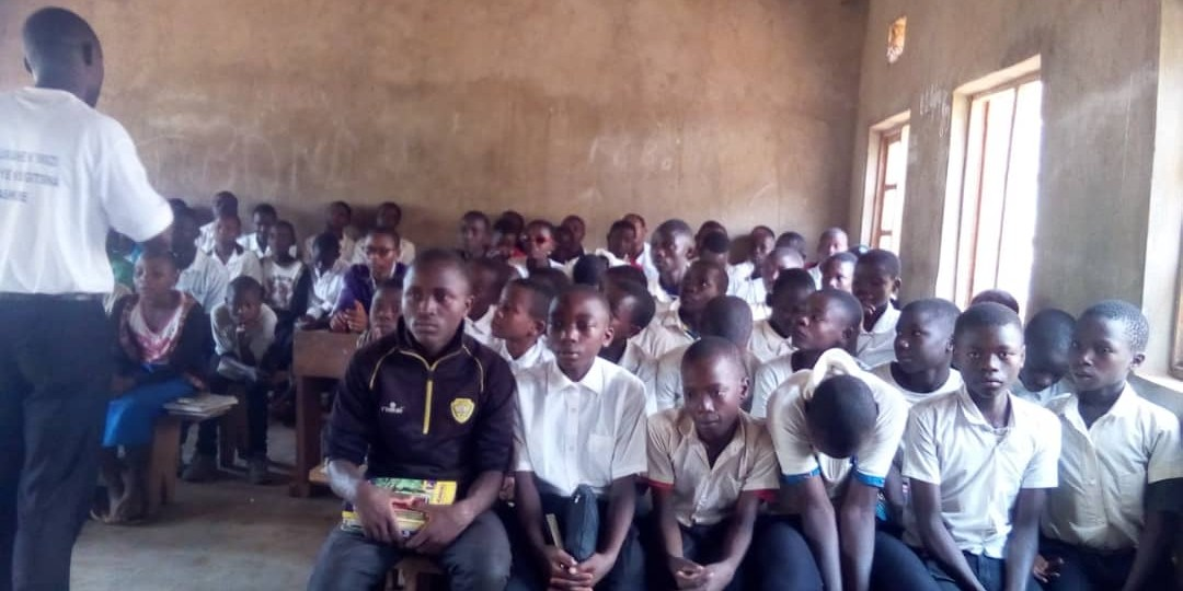 Burundi: Institutionalization of the school aunt and father