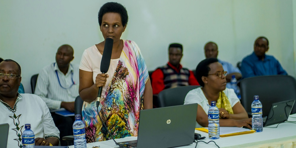 International Day of Women and Girls in Science, Burundi: Dr. Ancille NGENDAKUMANA, the Director of Research at Ecole Normale Supérieure (ENS) presents on work already done in STEM | Journée Internationale des Femmes et des Filles de Science, Burundi: Dr Ancille NGENDAKUMANA, Directrice de la Recherche à l'Ecole Normale Supérieure (ENS) fait une présentation du travail déjà fait en STEM